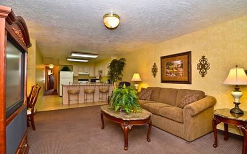 apartment suite hotel room