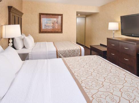 Clean Queen Beds